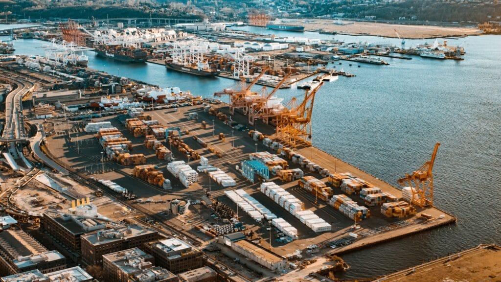port cranes logistics